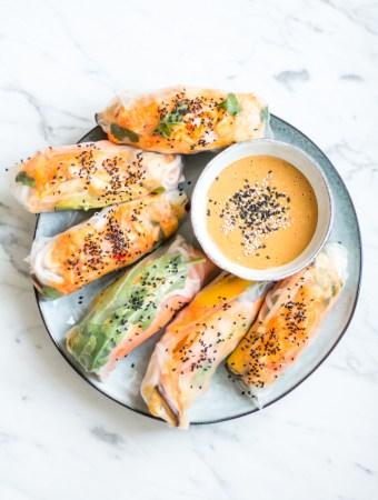 Kimchi-Sommerrollen mit Kokos-Erdnuss-Dip und ich brauche eure Hilfe!