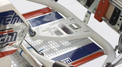 Mach1 FIA9 mit zwei vorderen Stabis