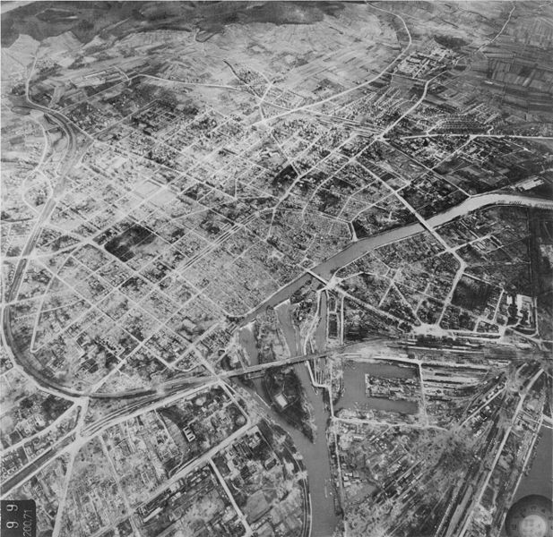 Datei:Heilbronn 19450401.jpg