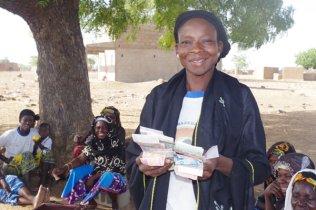 Bibata, Gastgeberin der SFV-Gruppe ihres Dorfes