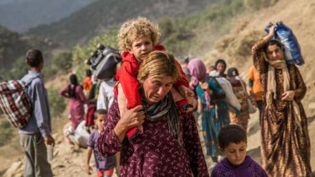 Yazidi refugees in the Sinjar Mountains (photo: picture-alliance/abaca/Depo Photos