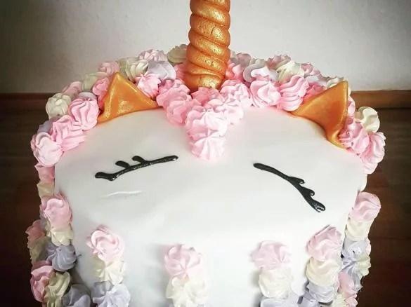 Eiweicreme zum Verzieren von Torten Kuchen Desserts