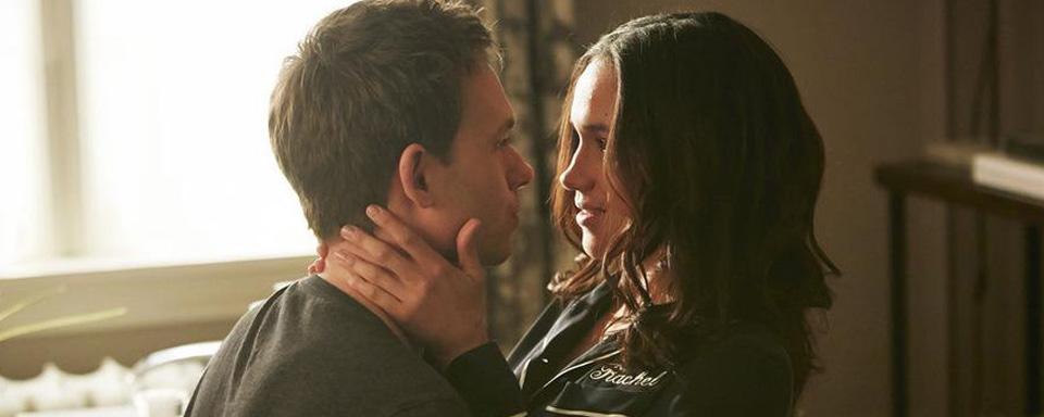 Zum SerienAbschied Erste Bilder von Mikes und Rachels Hochzeit im Staffelfinale von Suits