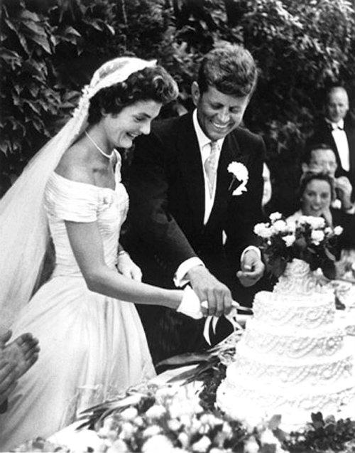 Resultado de imagen para Fotos de John Kennedy se casa con Jacqueline Bouvier.