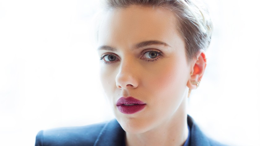 """Scarlett Johansson Urges """"Step Back"""" From """"Sexist"""" HFPA"""