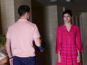 Alexandra Daddario and Jake Lacy in 'The White Lotus'
