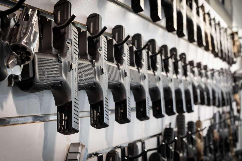 Retail handguns at Dead On Arms