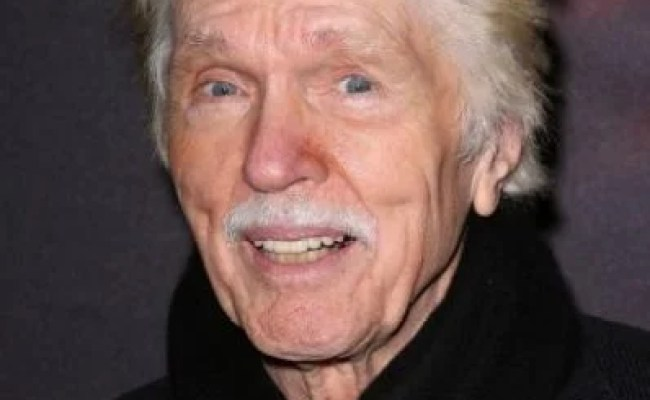 Tom Skerritt Death Fact Check Birthday Age Dead Or