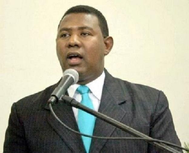 Hipólito Martínez asegura ganará candidatura alcalde Santiago Oeste