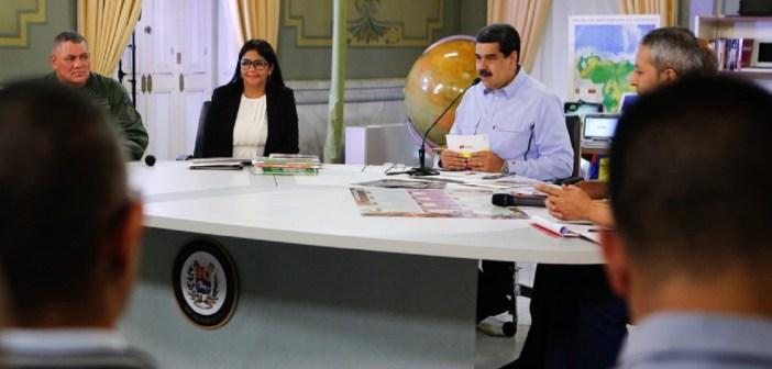 Maduro dice firma acuerdo con oposición es un paso acertado por la paz