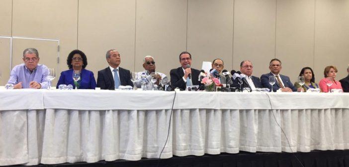 Mayoría del comité político PLD repudia postura Leonel Fernández