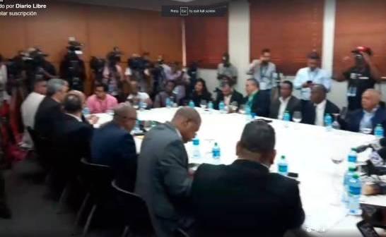 Partidos de oposición exigen reunión de urgencia pleno JCE