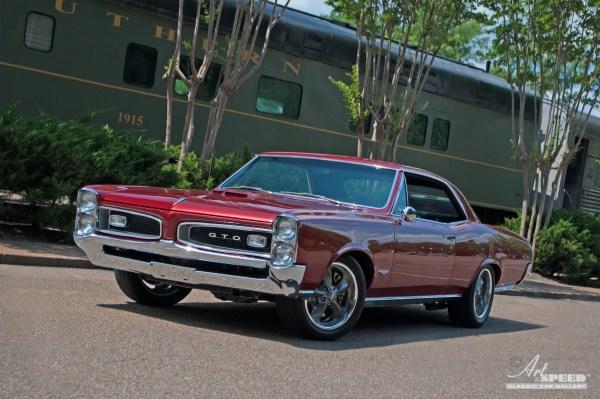 1966 Pontiac Gto Art & Speed Classic Car In