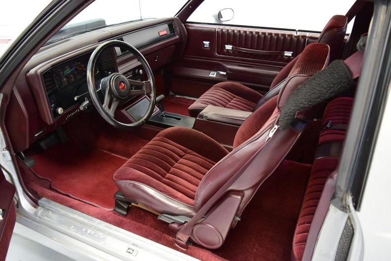 Custom Monte Carlo Ss Interior