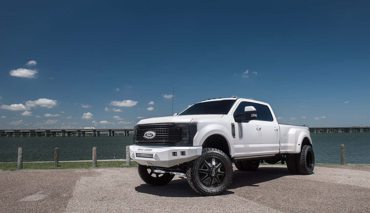Ford F 2017 Lifted 250 Blue Platinum