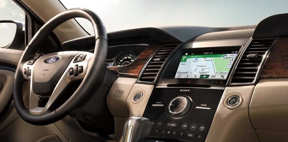 medium resolution of interior of the 2018 ford taurus