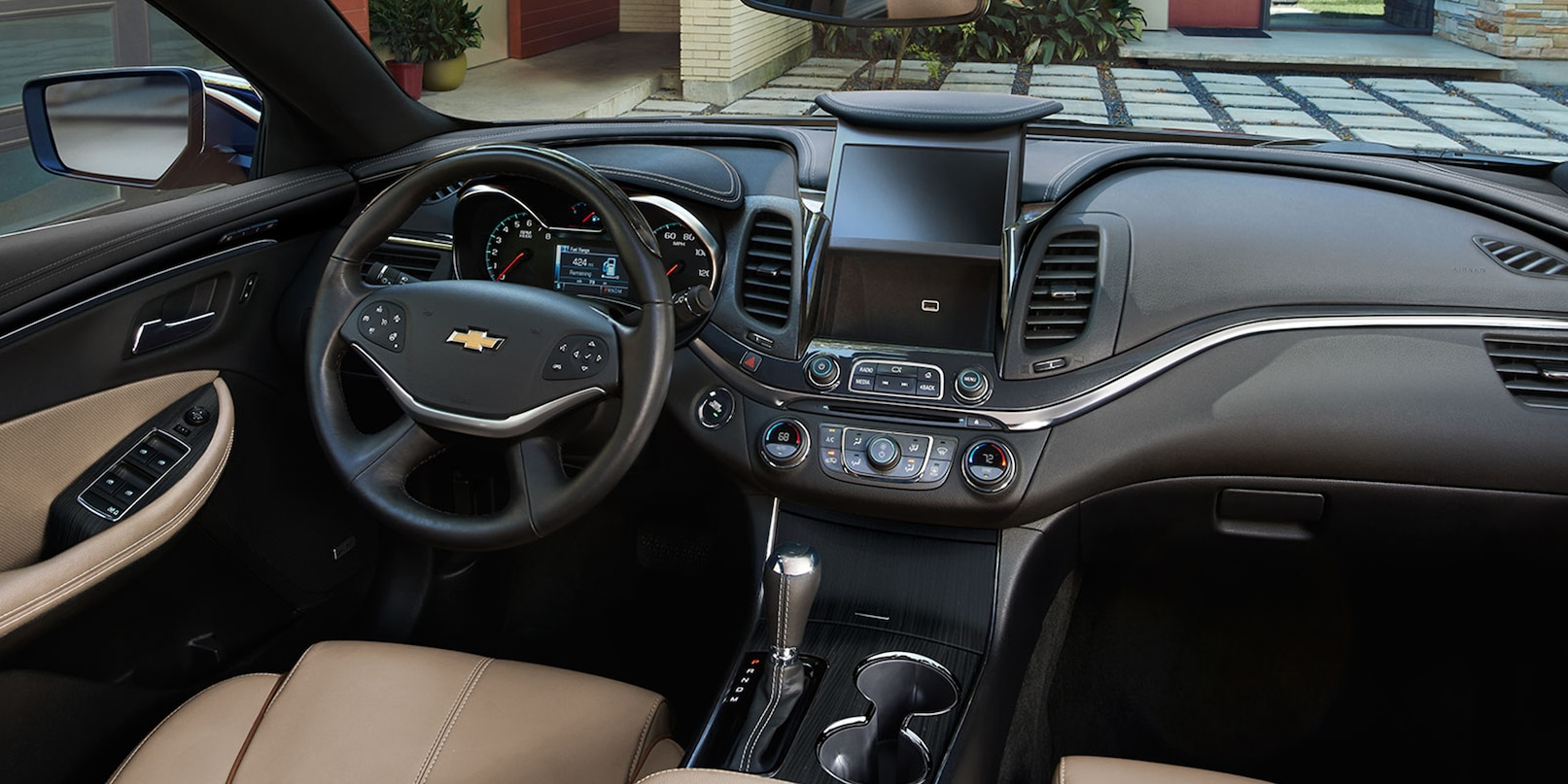 hight resolution of interior of the 2019 chevrolet impala
