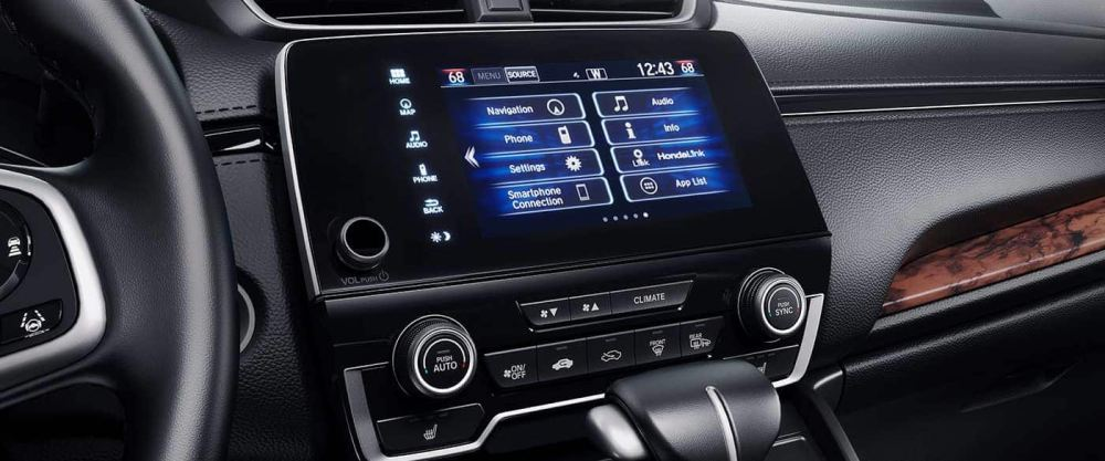 medium resolution of you ll love using the cr v s touchscreen