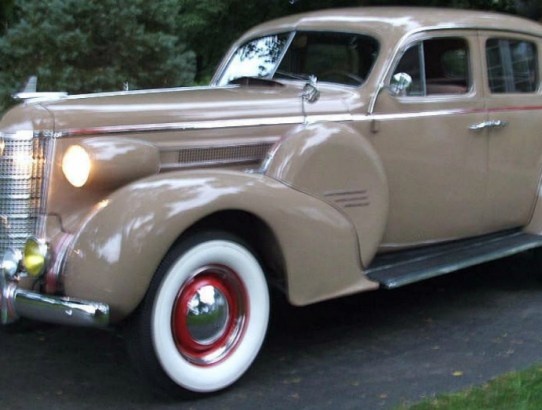 1937 Oldsmobile Model L37 Club Coupe