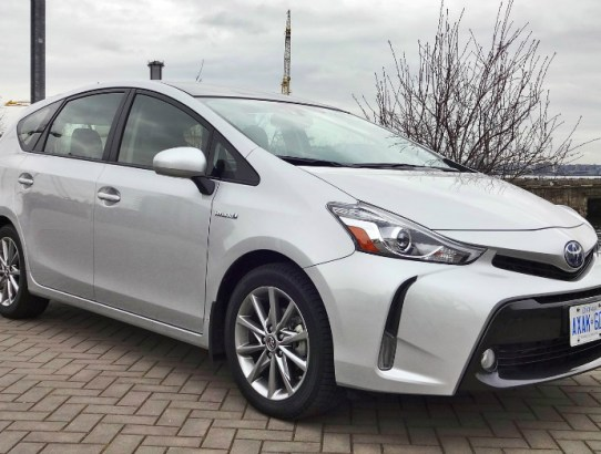10.25.16 - 2015 Toyota Prius V