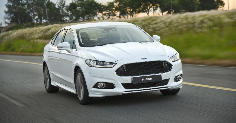 2015 Ford Fusion White on the Road