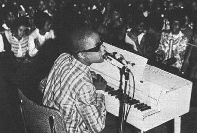 Stevie Wonder (2/4)