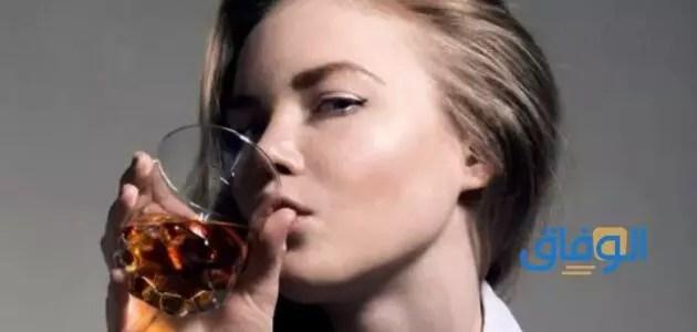 تفسير سكب الخمر في المنام