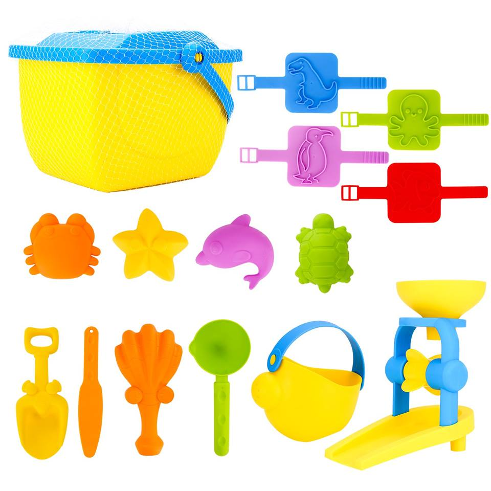 Amazon: Kids Beach Sand Toy Mold Set with Reusable Bucket, Outdoor Sand Play Set for Toddlers for $2.99