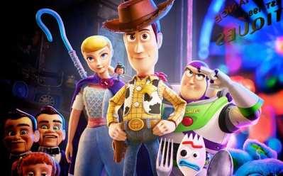 Regal Crown Club Members: Watch Disney Movies & Get Rewarded!