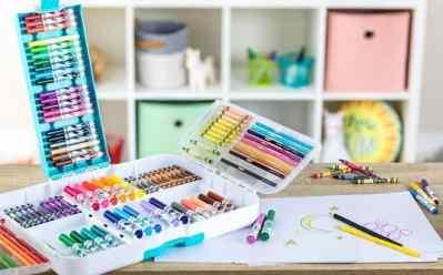 Walmart : 140 Pieces, Art Set for Kids Just $13.99!!