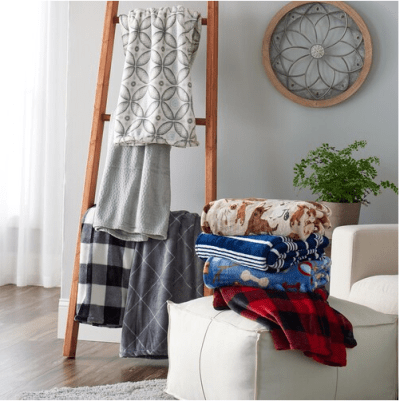 Kohl's : The Big One Plush Throws Just $7.64 (Reg : $30) | Star Wars, Disney, & More!
