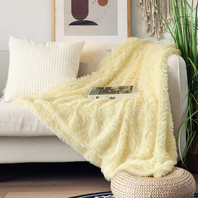 """Amazon : Extra Soft Faux Fur Throw Blanket 50"""" x 60"""" Just $9.99 W/Code + 10% Off Coupon (Reg : $19.99) (As of 1/27/2020 2.58 PM CST)"""