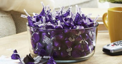 Hershey's Kisses HUGE 2-Pound Bags Only $7.88 on Amazon   Perfect for Valentine's Day