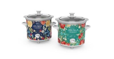 Walmart: Fiona Floral & Vintage Floral 1.5-Qt Slow Cookers, Set of 2 $24.99 ($45)