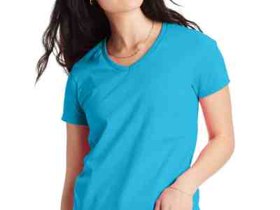 Hanes: Women's Relaxed Fit ComfortSoft V-Neck T-Shirt ONLY $6 (Reg $10)