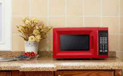 Walmart: Mainstays Microwave Oven for Only $39 + Free Shipping at (Reg $49)