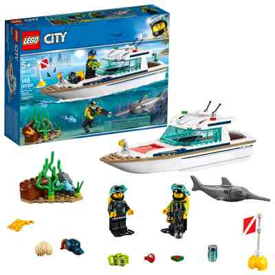 Walmart: LEGO City Great Vehicles Diving Yacht (148 Pieces) for $16.00 Free Store Pickup! (Reg. $19.99)