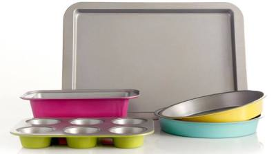 Belk: Gibson 5-Piece Lyneham Bakeware Set for ONLY $10 (Regularly $40)