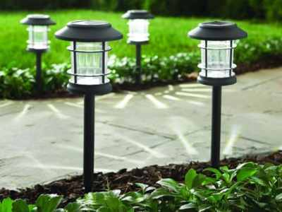 Home Depot: Hampton Bay Pathway Solar Lights 5 Pack ONLY $12.88 – Don't Miss!