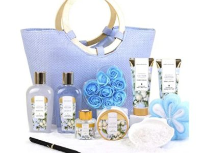 Amazon: Cotton Scent Spa Gift Set for $13.99 (Reg. Price $27.98) after code!