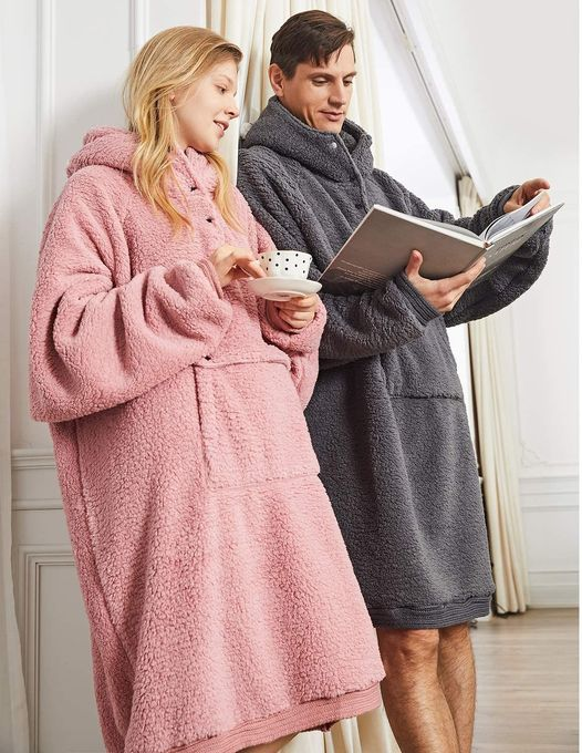 Amazon: Oversized Blanket Sweatshirt, Just $22.19 (Reg 36.99) after code!