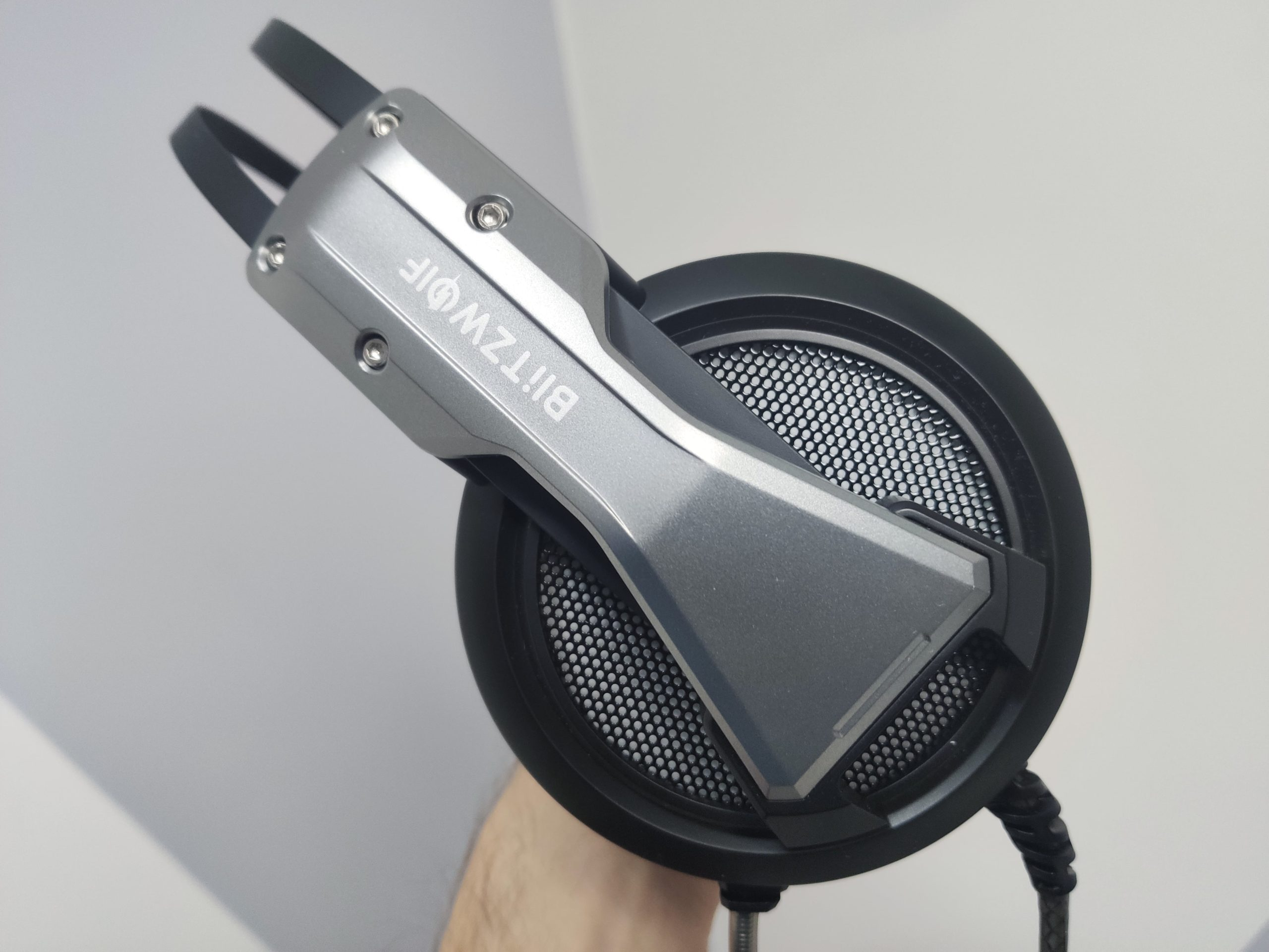 The Blitzwolf BW-GH1 Headset Review!