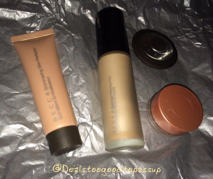 best-of-becca-youthful-glow-collection-kit-3
