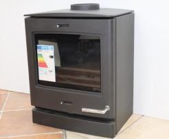 Yeoman-CL5-5kW-multi-fuel-stove
