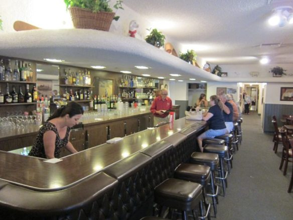 Wool Growers bar - photo by The Jab, 2011