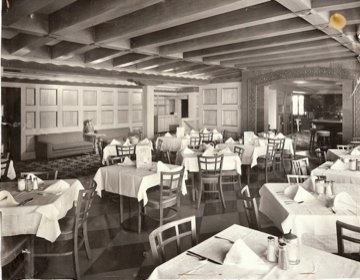 Florentine Dining Room, 1950s - photo by Fisherman's Grotto Facebook page