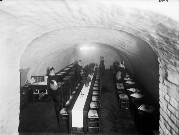 cellar dining room 1920s - image by Stockholm City Museum digital archive