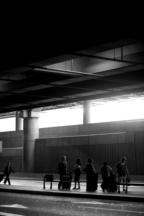 airport01bw_lres