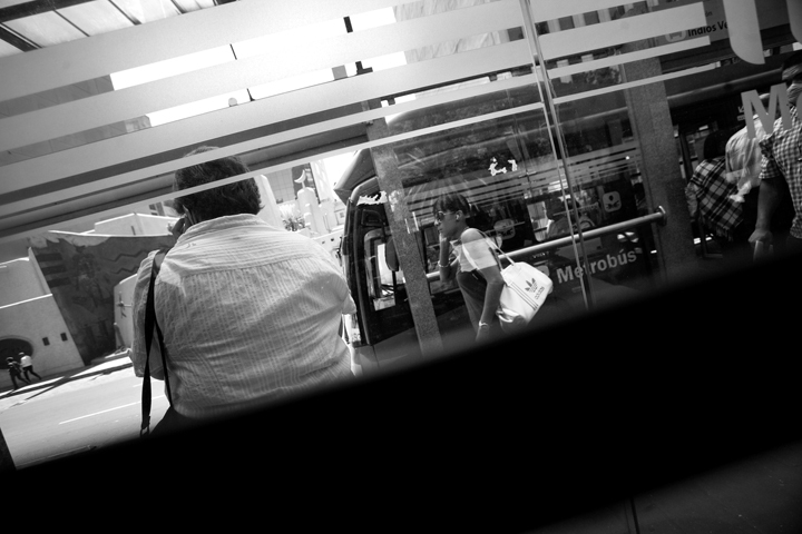 metrobus01bw_lres