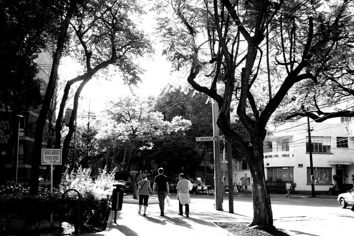 stroll02_lres
